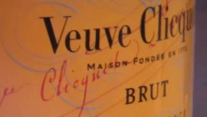 Love and champagne label